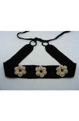 Brau negru cu flori crem de dama crosetat manual Buticcochet