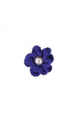 Brosa floricica, fetite, Buticcochet, crosetata manual, Albastra cu perla alba, BCABAL13