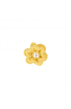 Brosa floricica, fetite, Buticcochet, crosetata manual, Galbena cu perla alba, BCGBAL07