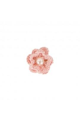 Brosa floricica, fetite, Buticcochet, crosetata manual, Roz pal cu perla alba, BCRZAL03
