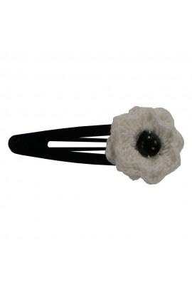 Clama de par, dama, Buticcochet, crosetata manual, Floare  Alb, cu Perla Neagra, CMABNM13