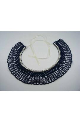 Guler crosetat manual de dama albastru cu perle albe sidefate Buticcochet