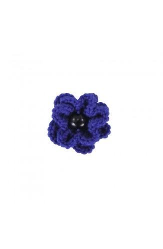 Brosa floricica, fetite, Buticcochet, crosetata manual, Albastra cu perla neagra