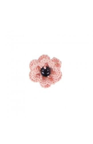 Brosa floricica, fetite, Buticcochet, crosetata manual, Roz pal cu perla neagra, BCRZNG04