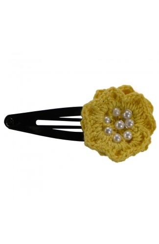 Clama de par, dama, Buticcochet, crosetata manual, Floare Galben, cu Bilute Albe, CMGBBL04
