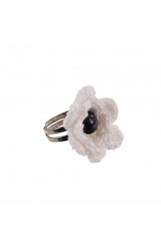 Inel Floare, dama, Buticcochet, crosetat manual, Alba, cu Perla neagra, INALNG10