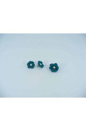 Set cadou cercei si inel floare verde cu perla alba crosetati manual Buticcochet, SET02