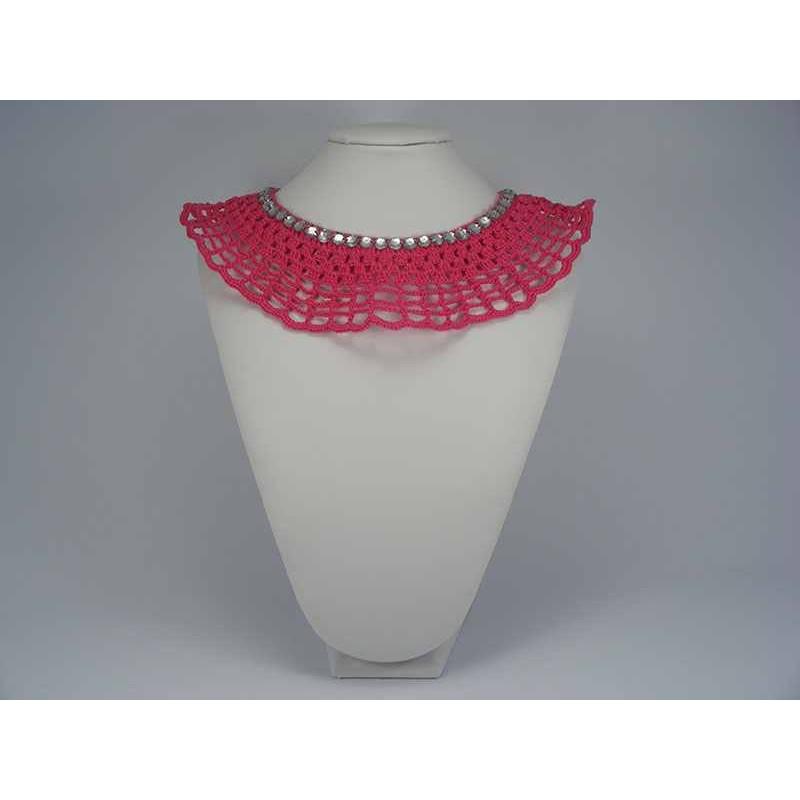 Guler crosetat manual de dama roz cu strasuri albe Buticcochet